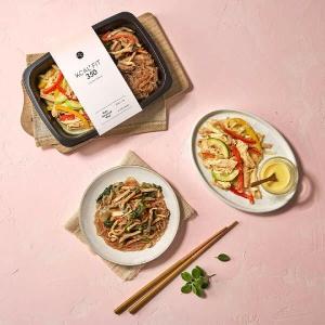 동원홈푸드 더반찬 닭가슴살 냉채샐러드와 곤약 잡채 240g[1개]